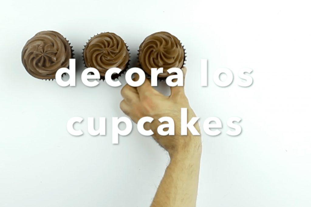 video-receta-cupcakes-chocolate