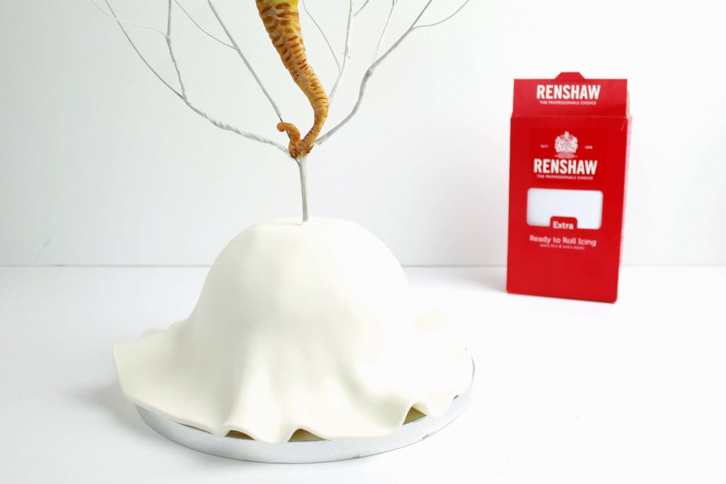 como-hacer-estructura-tarta-fondant
