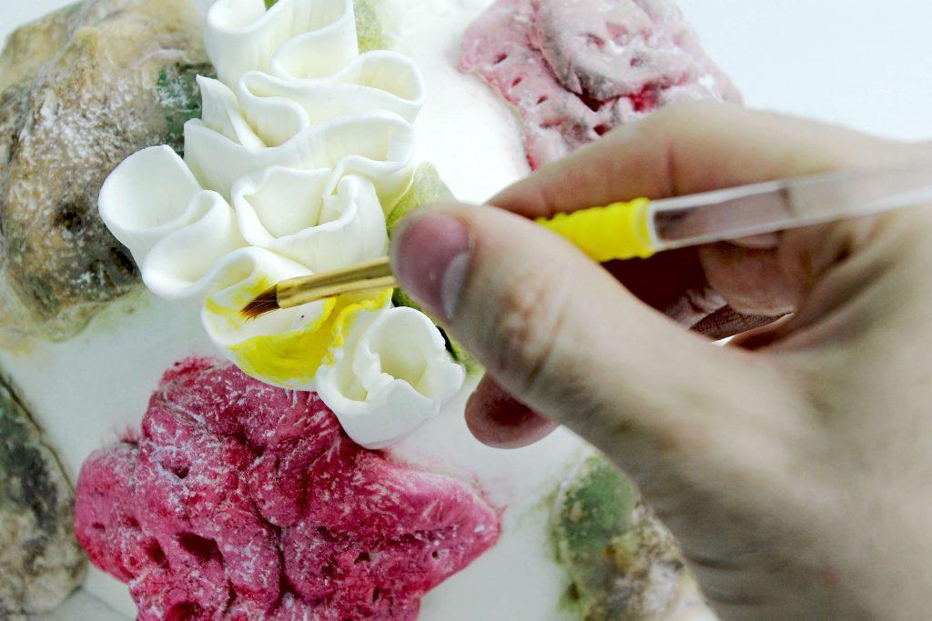 decorar-tarta-fondant-coral