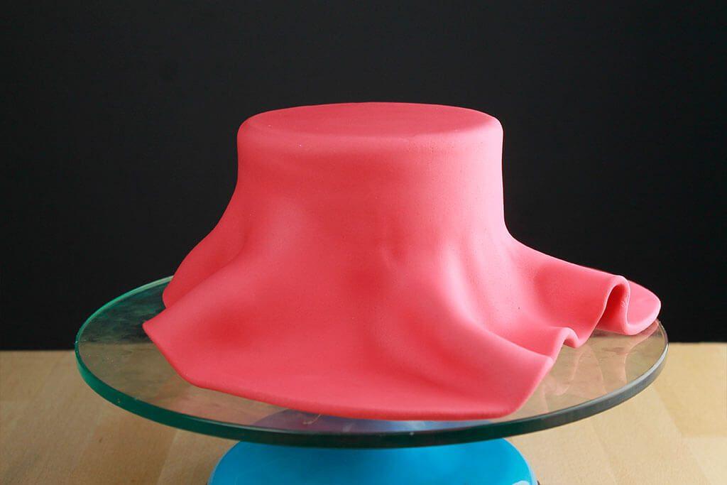 como-cubrir-pastel-redondo