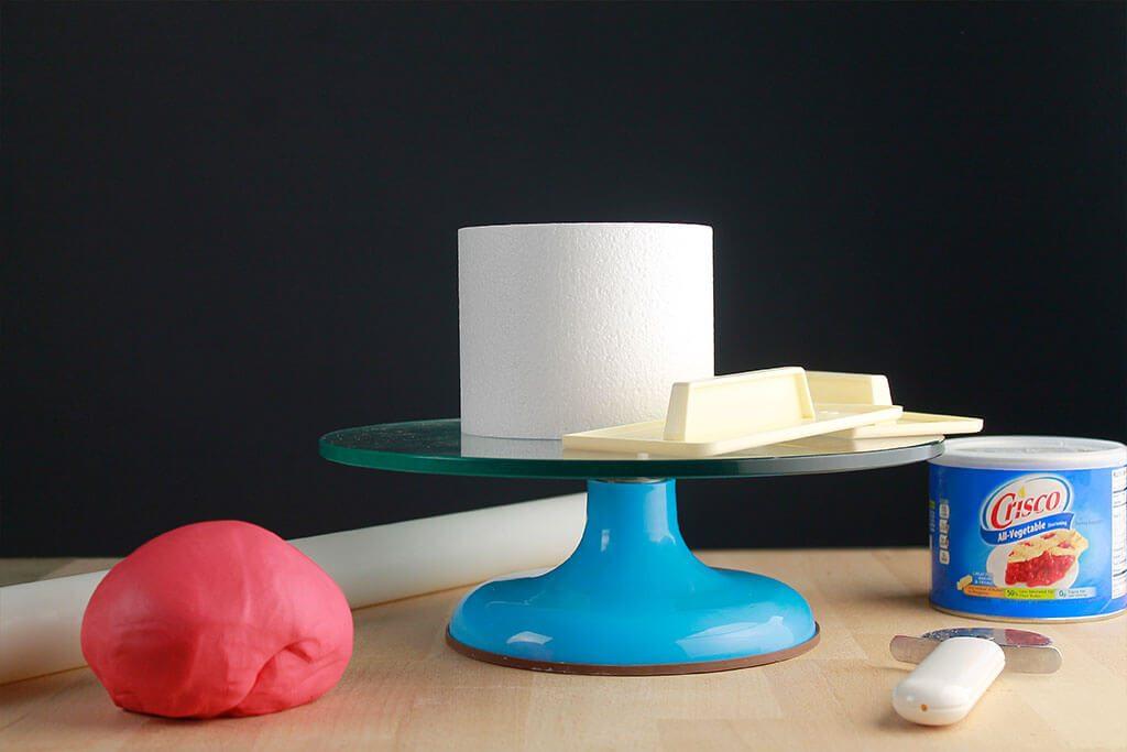 cubrir-tarta-fondant-redonda
